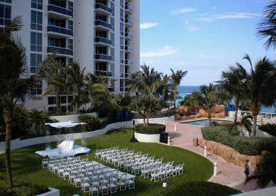 Acrylic canopy arch chuppah Arc Divine Miami, Trump International Beach Resort, Sunny Isles FL Wedding arch South Florida