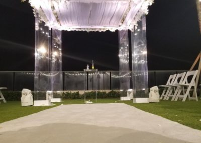Acrylic Canopy with full flower bars on 4 sides